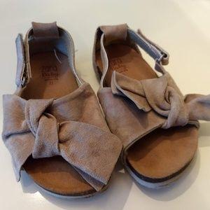 Zara ToddlerGirl Suede Sandals, Size 21 (US5?)